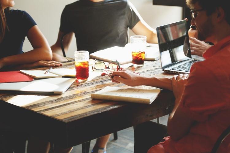 Pemahaman Stakeholder Berdasarkan Kekuatan, Posisi Dan Pengaruhnya